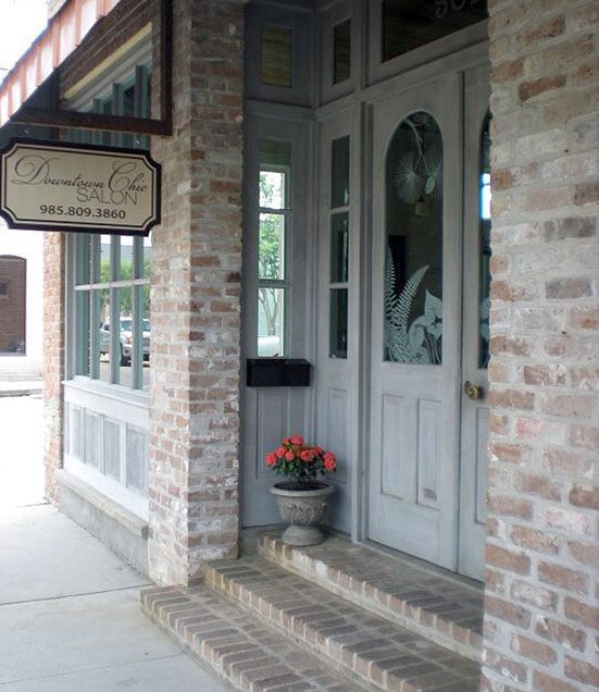 Downtown Chic Hair Salon is located in Historic Downtown Covington, Louisiana
